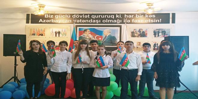 8 №-li Bakı Peşə Liseyində 9 noyabr — Dövlət Bayrağı Günü qeyd olundu.
